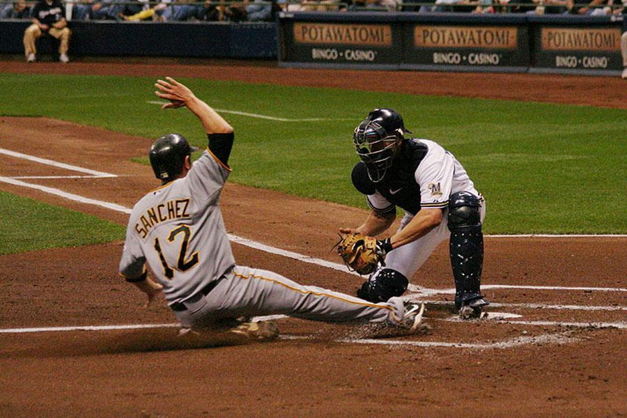 The+MLB+is+changing+the+rule+for+hitting+catchers+at+home+plate.