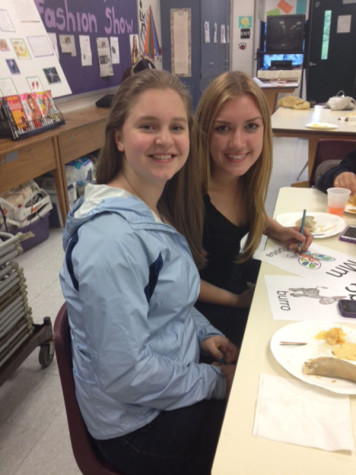 Members of the sophomore class enjoying themselves at Empanada Night.