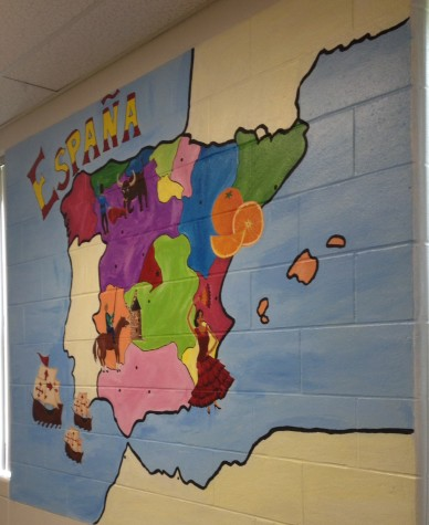 Students create a mural inspired by Spain