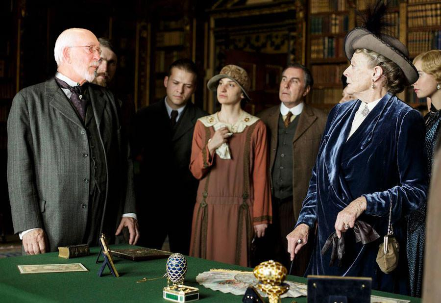 Mr.+Fox+cast+as+Dowager+Countess%27s+new+love+interest+in+Downton+Abbey