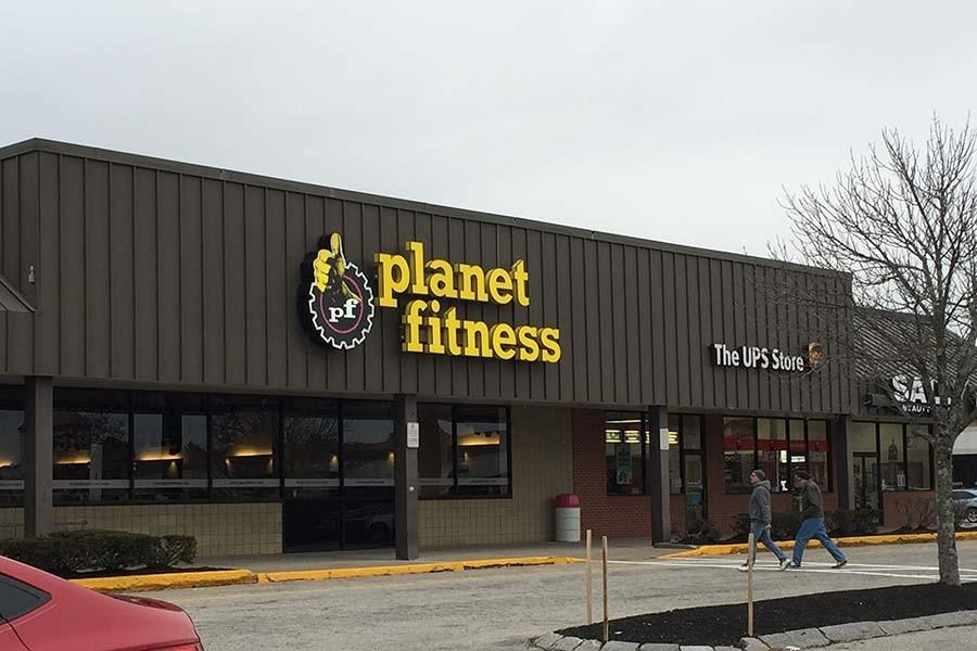Planet Fitness gym located in the West Side Plaza on 101A in Nashua, NH.