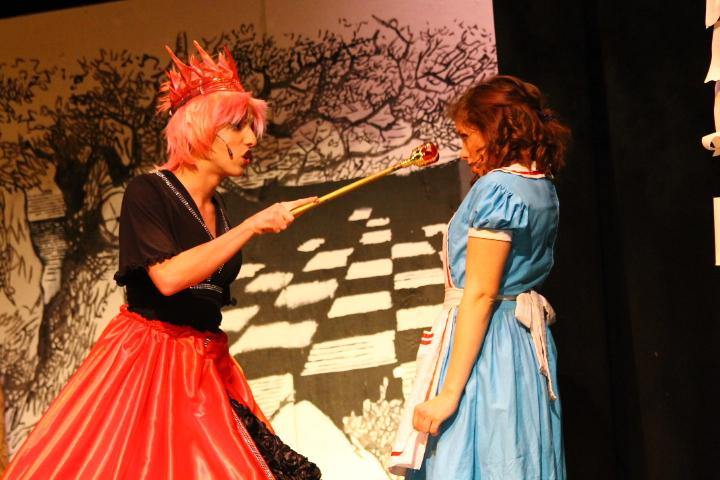 The Red Queen (Jess Putney '20) scolds Alice (Caroline Kroeger '17) in this weekend's production.
