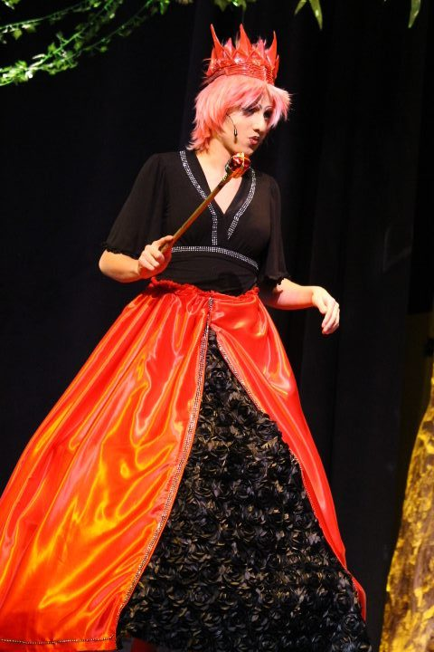 Jess Putney '20 as the Red Queen