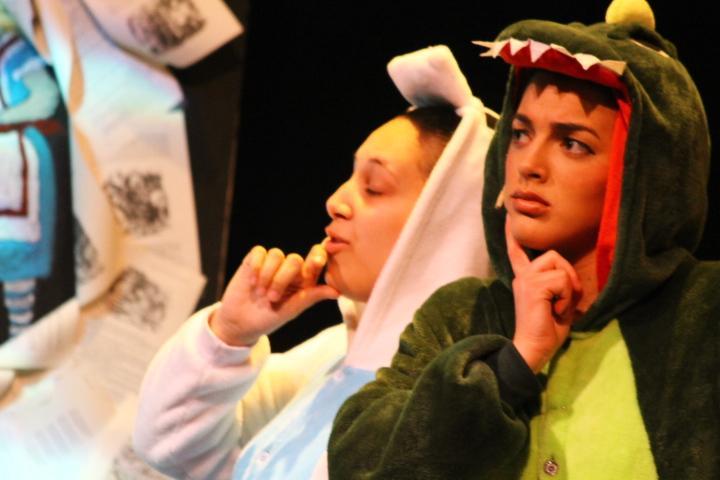 Carolyn Scalia '18 and Ava Occhialini '17 as Tweedledee and Tweedledum