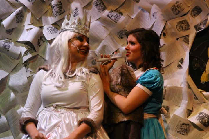 Alice consults with the White Queen (Carly Dahlstrom '20)