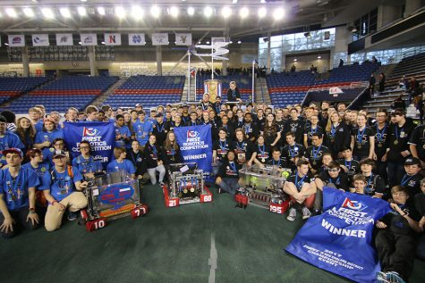 HB FIRST Robotics team celebrates district win