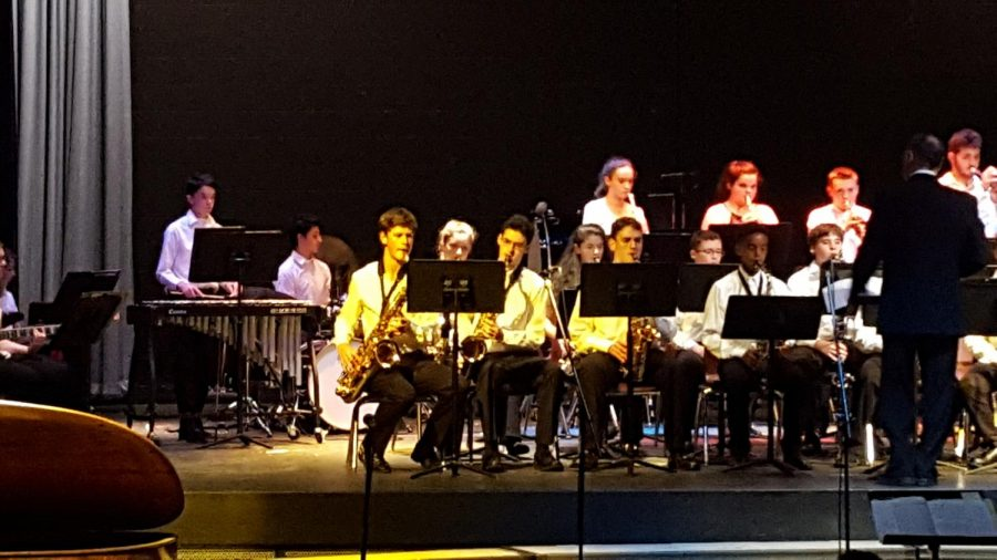 The jazz band performs their pieces for the audience of this fall's performance. This band usually plays songs from a number of styles, ranging from laid back swing to upbeat funk charts.