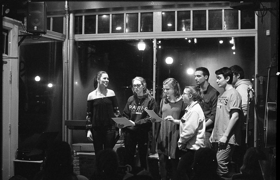Johanna+Golden%2C+Caroline+Peck%2C+Erin+Moynahan%2C+Patrick+Bloniasz%2C+Evan+Lafrance%2C+and+Frank+Pugh.