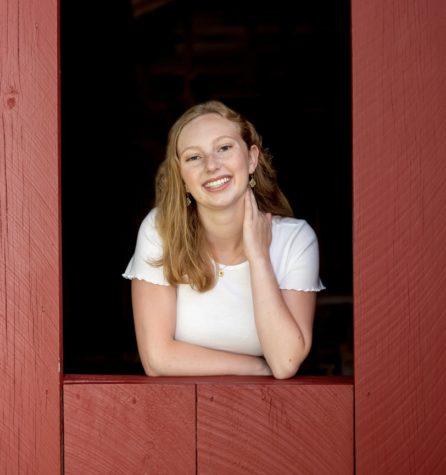 Photo of Lauren Rogers